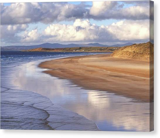 Tullan Strand - Clouds Reflected In The Sea, The Beach And Donegal Hills Canvas Print