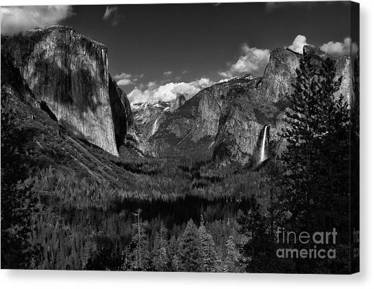 Tunnel View Black And White  Canvas Print