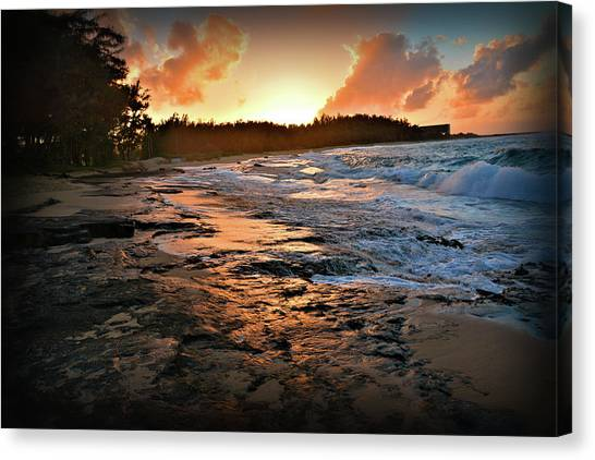 Turtle Bay Sunset 1 Canvas Print