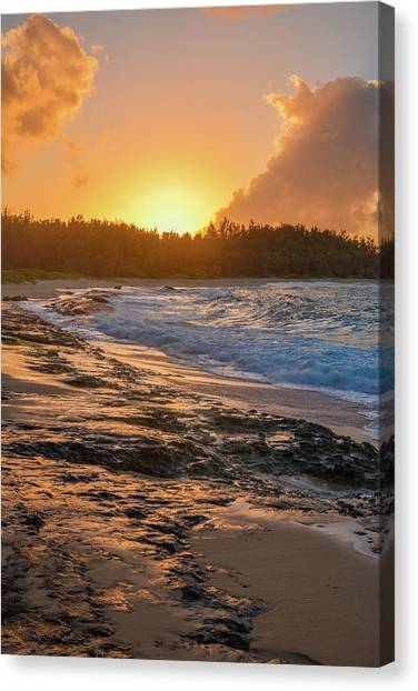 Turtle Bay Sunset 3 Canvas Print
