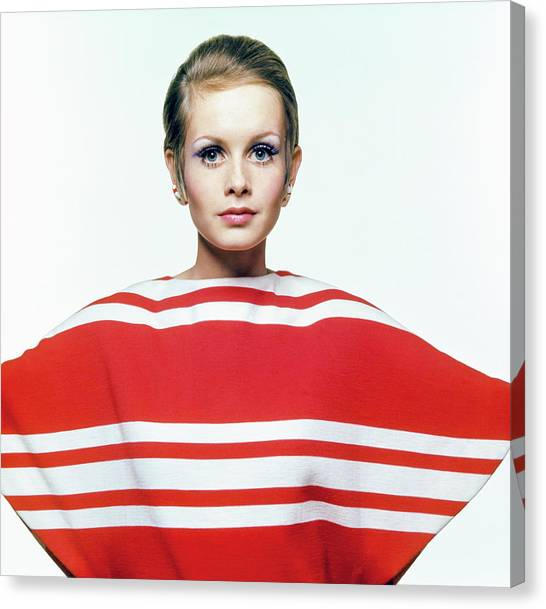 Twiggy In Red Striped Coverup Canvas Print by Bert Stern