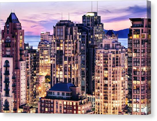 Twilight At English Bay Vancouver Canvas Print