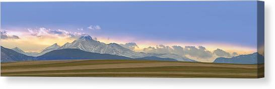 Twin Peaks Panorama View From The Agriculture Plains Canvas Print