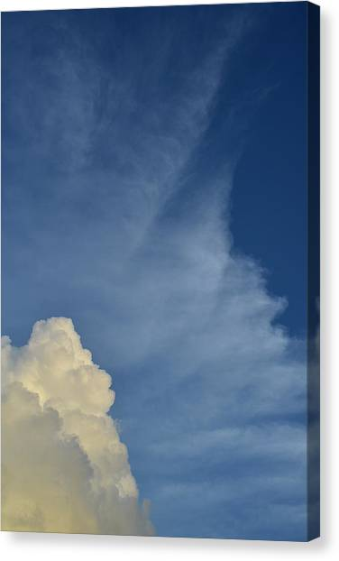 Two Tone Clouds 9384 Canvas Print