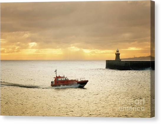 Pilots Canvas Print - Tynemouth by Smart Aviation
