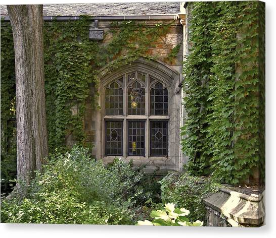 U Of M Halls Of Ivy Canvas Print