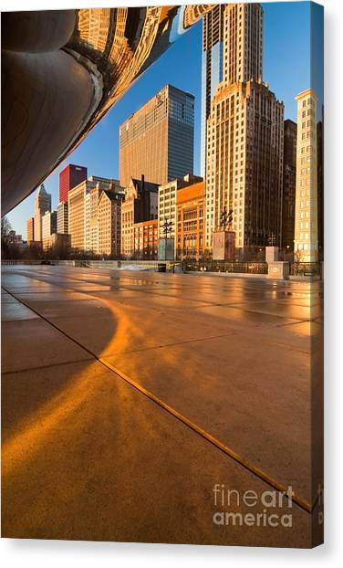 Under The Bean And Chicago Skyline At Sunrise Canvas Print