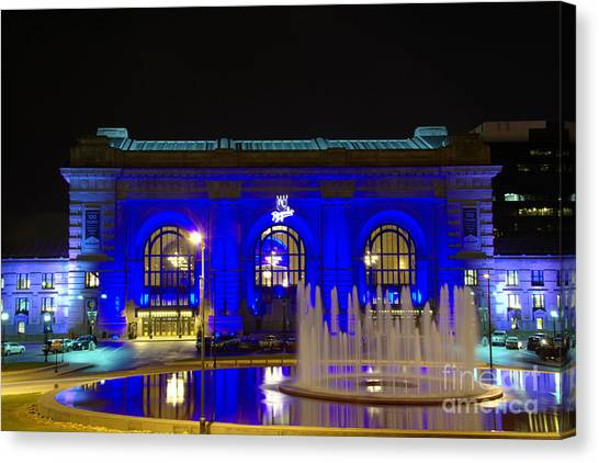 Union Station And Fountain In Blue Canvas Print