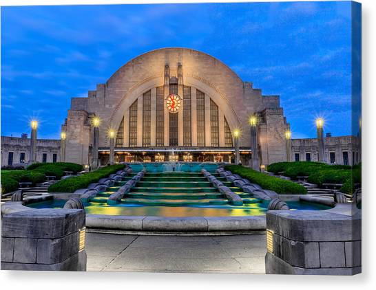 Union Terminal At Sunrise II Canvas Print