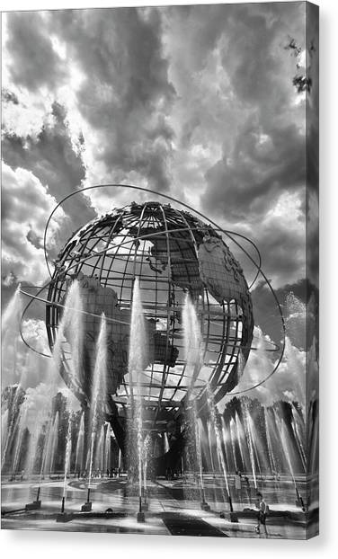 Unisphere And Fountains Flushing Meadow Park Nyc Canvas Print