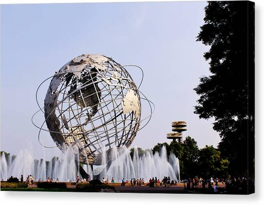 Unisphere Fountain Canvas Print
