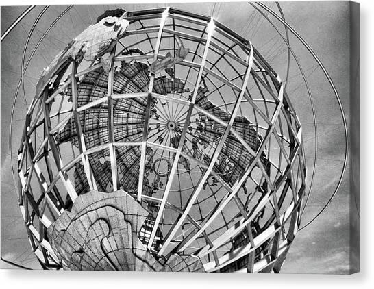 Unisphere In Black And White Canvas Print
