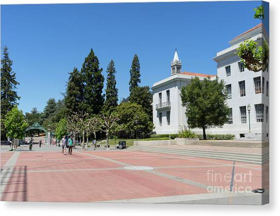 University Of California At Berkeley Sproul Plaza Sather Gate And Sather Tower Campanile Dsc6247 Canvas Print