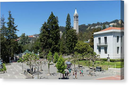 University Of California At Berkeley Sproul Plaza Sather Gate And Sather Tower Campanile Dsc6254 Canvas Print