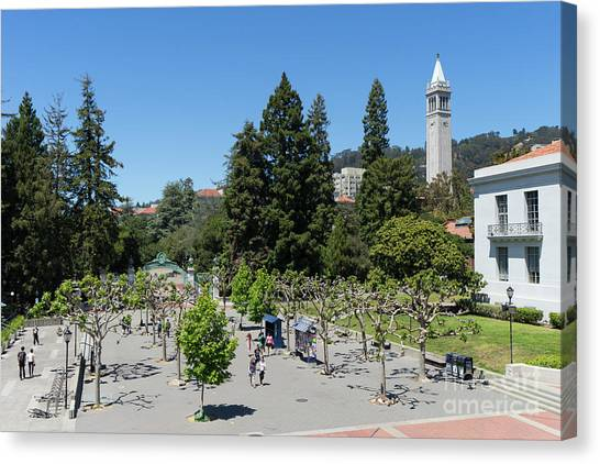 University Of California At Berkeley Sproul Plaza Sather Gate And Sather Tower Campanile Dsc6256 Canvas Print
