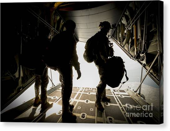 Green Berets Canvas Print - U.s. Army Green Berets Wait To Jump by Stocktrek Images