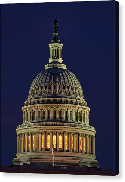 U.s. Capitol At Night Canvas Print
