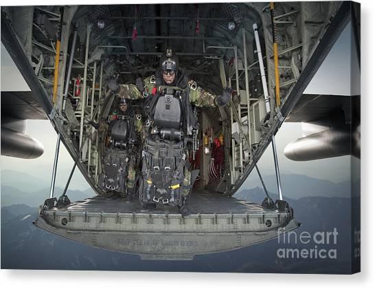 Navy Seal Canvas Print - U.s. Navy Seals Combat Diver Prepares by Tom Weber