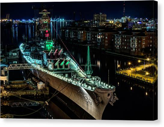 Uss Wisconsin Canvas Print