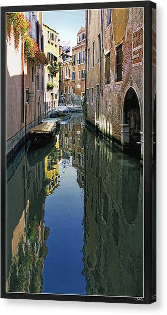 Venice 26 Canvas Print by Victor Yekelchik