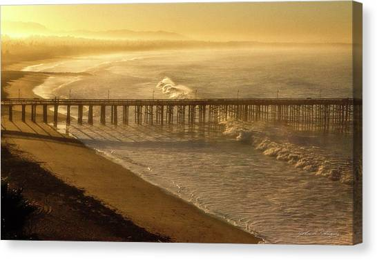 Ventura, Ca Pier At Sunrise Canvas Print