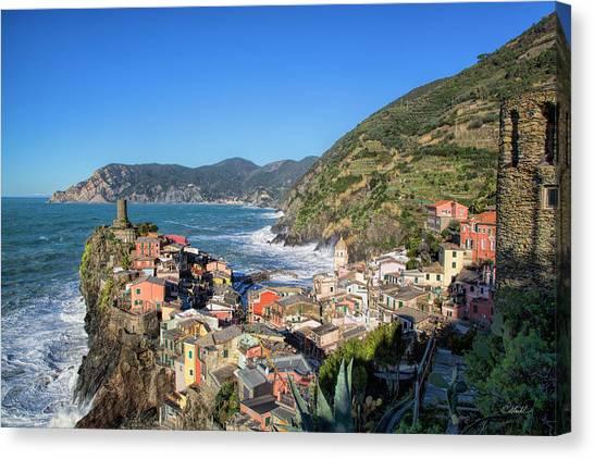 Vernazza In Cinque Terre Canvas Print