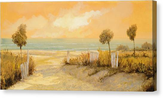 Low Tide Canvas Print - Verso La Spiaggia by Guido Borelli