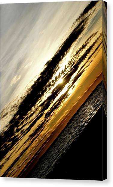 Vertical Horizon Canvas Print