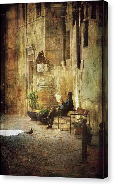 Vicolo Chiuso   Closed Alley Canvas Print