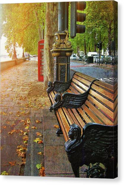 Victoria Embankment Canvas Print by JAMART Photography