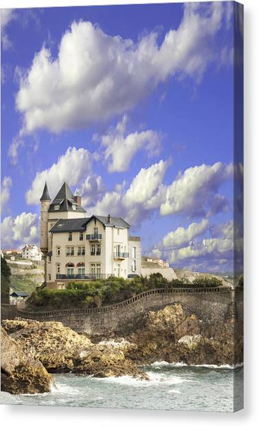 View Of The Beautiful Castle On The Bay Of Biscay Of The Atlantic Ocean Canvas Print