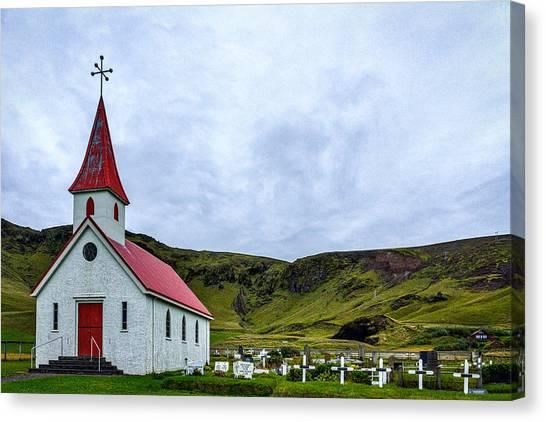 Vik Church And Cemetery - Iceland Canvas Print