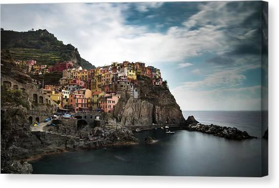 Village Of Manarola Cinqueterre, Liguria, Italy Canvas Print