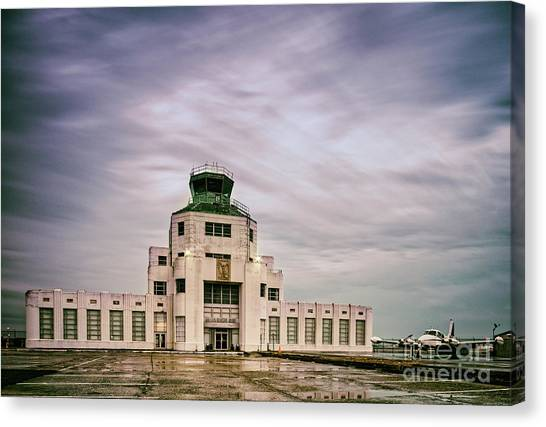 Vintage Architectural Photograph Of The 1940 Air Terminual Museum - Hobby Airport Houston Texas Canvas Print