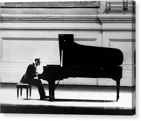 Canvas Print - Vladimir Horowitz by Granger
