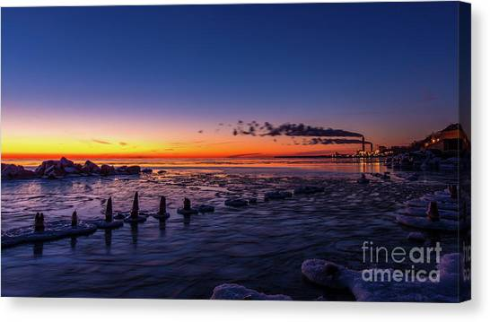 Voilet Morning Canvas Print