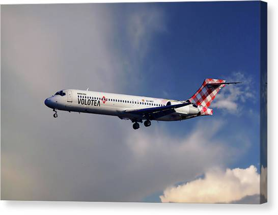 Boeing Canvas Print - Volotea Boeing 717-23s by Smart Aviation