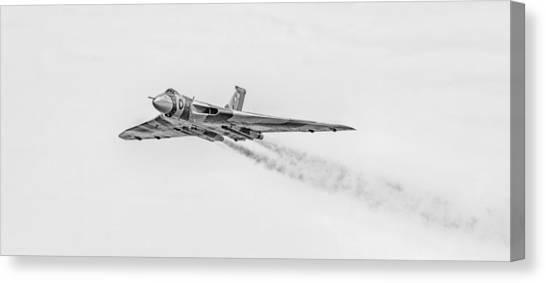 Vulcans Canvas Print - Vulcan Xh558 by Nigel Jones