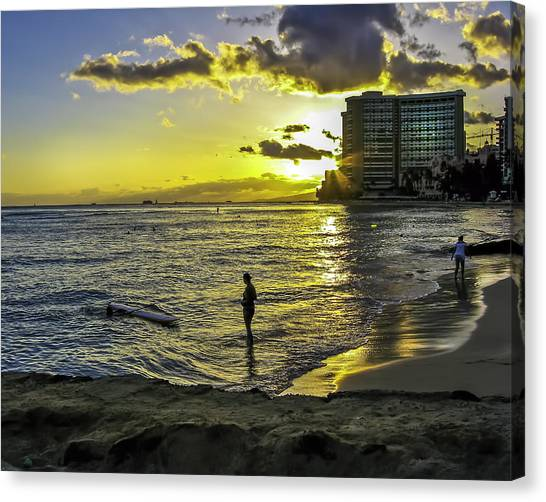 Waikiki Beach At Sunset Canvas Print