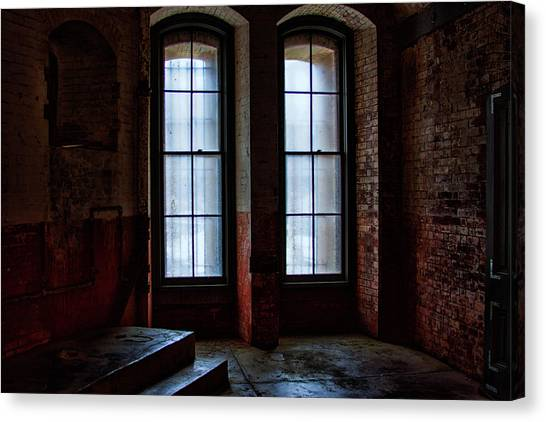 Canvas Print featuring the photograph Waiting Inside by Mike Trueblood