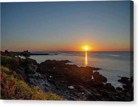 George Bush Canvas Print - Walkers Point - Sunrise In Kennebunkport Maine by Bill Cannon