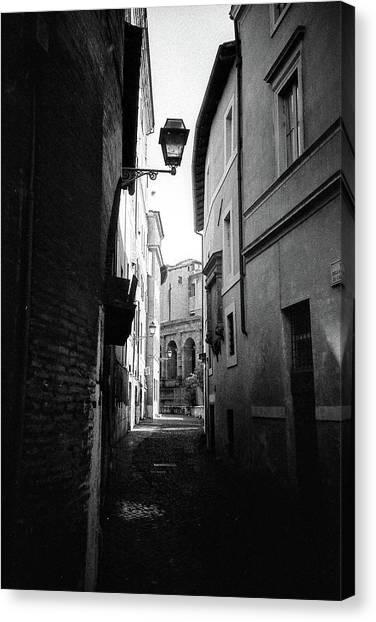 Walking Near The Campidoglio Canvas Print
