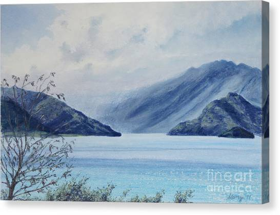 Wanaka Lake Canvas Print