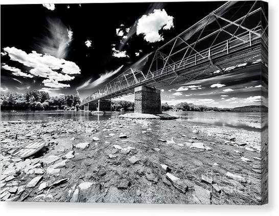 Washington Crossing Canvas Print by John Rizzuto