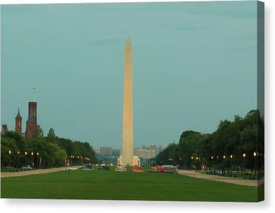 Washington Monument Beauty Shot Canvas Print