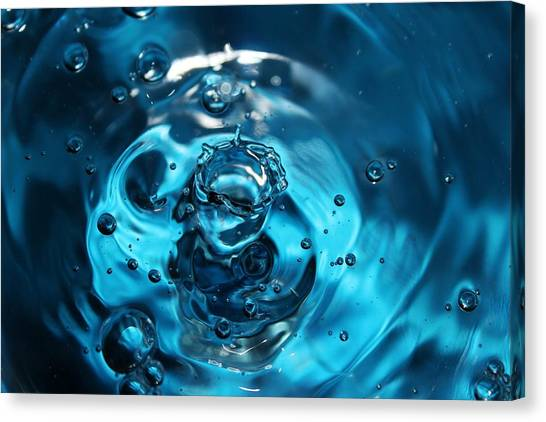 Water Drop In Blue Canvas Print