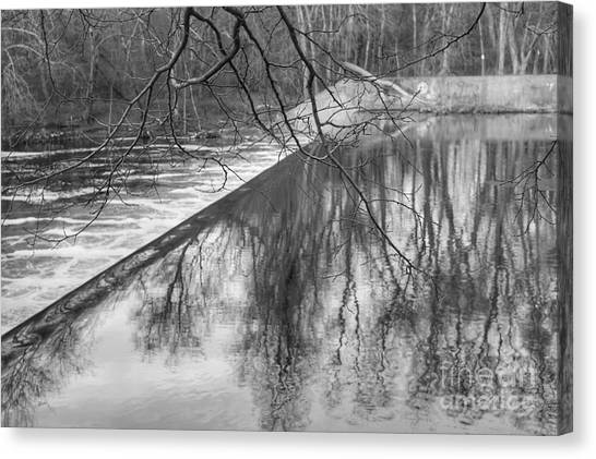 Water Flowing Over Dam In Wayne New Jersey Canvas Print