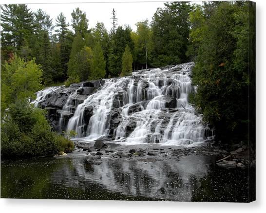 Waterfall 4 Canvas Print