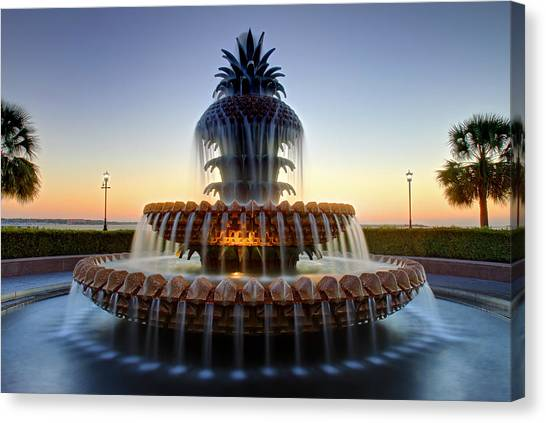 Waterfront Park Pineapple Fountain In Charleston Sc Canvas Print