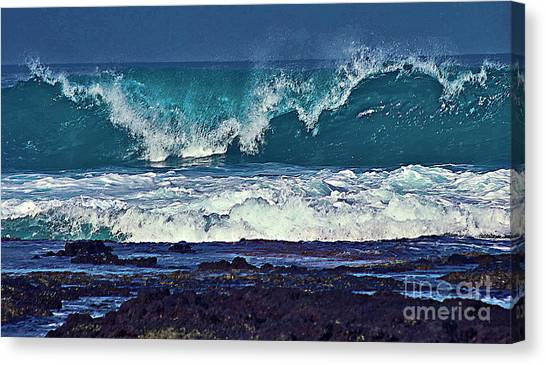 Wave Breaking On Lava Rock 2 Canvas Print